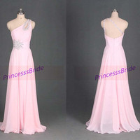 2014 long chiffon prom dresses with sequins,cheap bridesmaid gowns in pink,unique one shoulder dress for evening party hot.