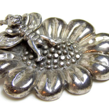 Sterling Silver Bee Pin Bumble Bee Relaxing on a Flower Brooch Stamped 925