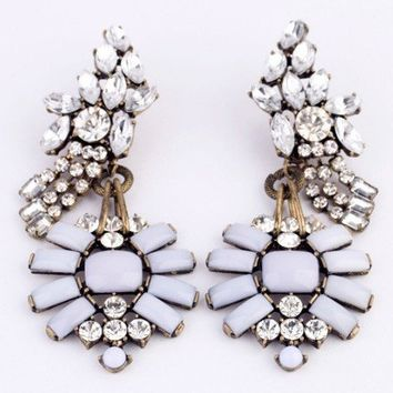 CASABLANCA CLUSTER DROP EARRINGS - LT GREY + CRYSTAL