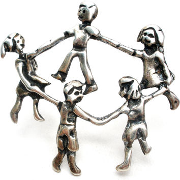 Children in Circle Holding Hands 925 Brooch Pin