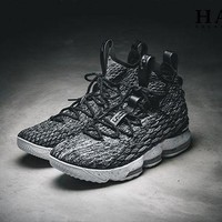 DCCKIG3 Nike LeBron 15 'Grey' Men Basketball Shoes