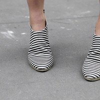 Anntian Leather Woman Shape Shoe « No.6 Daily