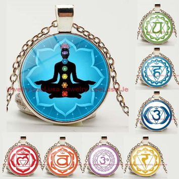 7 Chakra Healing Glass Dome Pendant Necklace OM Yoga Meditation Necklace Jewelry Silver/bronze Color Necklace for Women and Men