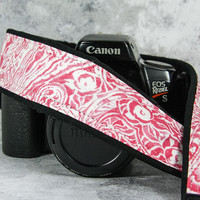Pink Rose Paisley dSLR Camera Strap, SLR, Camera Neck Strap, Canon camera strap, Nikon Camera Strap, Pocket,165 w