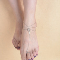 Gorgeous Retro Court Style Carved Hollow Mittens Anklet For Women