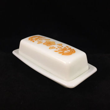 1970s Vintage Pyrex 72-B Butterfly Gold Butter Dish with Lid