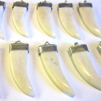 White Bone Tusk Pendant Horn Claw Charms 50mm Teeth Tooth Carved Silver Bails Caps Wholesale Bulk Marble Spike