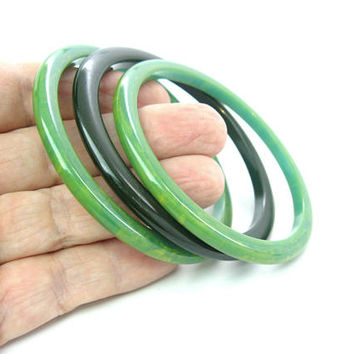 Bakelite Bracelet Set of 3 Spacer Stacking Bangles Narrow Marbled Light & Spinach Green Trio Vintage 1940s Retro Fashion Jewelry