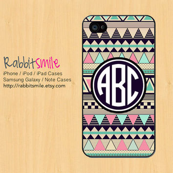 Monogrammed Aztec iPhone 4 Case, Personalized Tribal iPhone 5 case, Monogram Geometric iPhone 4s Cover. Custom Triangle Cases