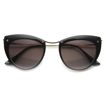 Women's Elegant Cat Eye Sunglasses With Metal Temples 9802