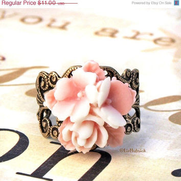 Christmas in July SALE Star Posey Ring Pink White Flower Bouquet Jewelry Sweet Romance