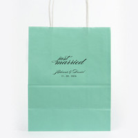 Just Married Hotel Wedding Welcome Bags Personalized Paper Tote Foil Stamped Gift Bag Wedding Favors Rehearsal Anniversary Bridal Custom