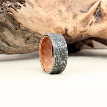 Damascus Steel and Wood Ring - Jack Daniels Whiskey Barrel White Oak Stave Wood Ring Damascus Steel Ring