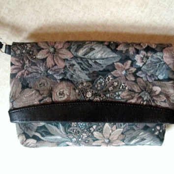 Foldover Clutch Bag wrist strap floral tapestry fabric purse vegan leather trim tan brown blue green vintage 80s large wristlet handbag