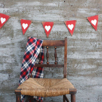 FREE SHIP Wood Pennant Heart Valentine's Day Banner Love Garland Wood Tags Signs Red