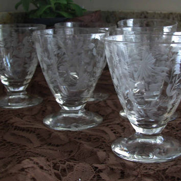 Beautiful Etched Pattern, Optic Design, Footed Wine And Drink, Vintage Miniature Cordials, Set/6, Lovely Wedding Gift, Barware Collectible