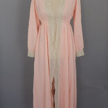 Vintage Juliet Robe 1970s Pink Lace Robe Lingerie Long Dressing Gown Pin Up Girl Boudoir Victorian Clara Nutcracker Renaissance Robe