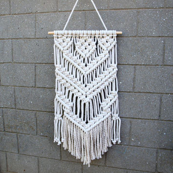 Boho living room wall decor Gift for Hippie room decor Hippie tapestries Macrame wall hanging Hippie chic Boho wall hanging Macrame tapestry