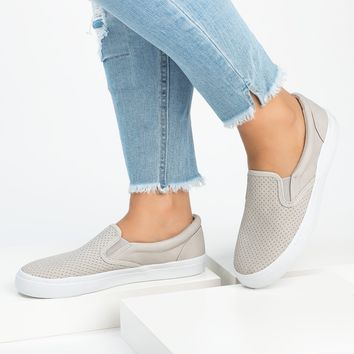 Tracer Slip-On Clay Sneakers