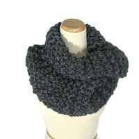 Chunky Scarf,  Knit Scarf, Hand Knit Cowl, Granite, Circle Scarf, Infinity Scarf, Gray, Winter, Women