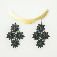 EARRINGS // Cesano // Flower Earrings/ Floral Earrings/ Lace Earrings/ Statement Earrings/ Black Earrings/ Silver Earrings