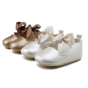 US Baby Girl Crib Shoes Christening Shoes Infant Soft Sole PU Leather Prewalkers