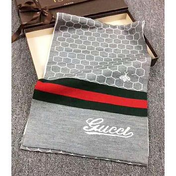 GUCCI Autumn And Winter Fashion New Stripe Bee Print Women Men Keep Warm Scarf