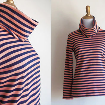 french sailor stripe turtleneck | 1970s coral pink & navy blue striped cowl neck pullover shirt with long sleeves | SMALL