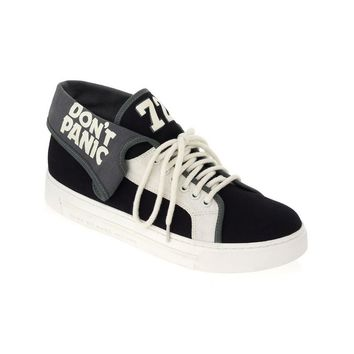 DON'T PANIC CANVAS SNEAKER