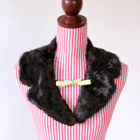 1940s Stole / VINTAGE / Fur / Beaver / Chartreuse / Ribbons / 40s Collar / Winter Wrap