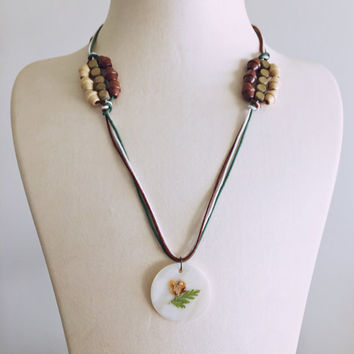 Dried Flower Pendant Necklace/Natural Colors Necklace/Wooden Beads Necklace/Handmade Long Necklace
