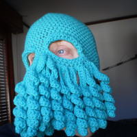 Cthulhu hat, green tentacles galore