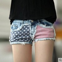 LMFONRZ Summer Fashion Holes Hot Women Denim Mid Waist Shorts USA Flag Zipper Fly Casual Cross Slim Skinny Short Jeans femme Trousers