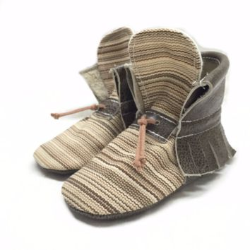 Grey stripes boho high top moccasins