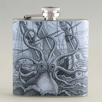 Octopus Attacking Ship Liquor Hip Flask Stainless Steel 6 oz (FK-0141)