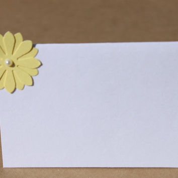 Daisy Place Cards Wedding Bridal Shower Customize by RoyalRegards