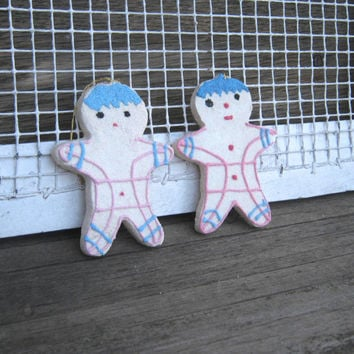 Vintage Putz House; Mica Glitter Ginger Man Putz Ornaments - Pink/Blue Decorated Putz Sugar Cookie Men - '50s Pink and White Mica Putz House