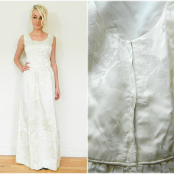 60s vintage wedding dress / 50s 60s bridal gown / floor length fitted dress / 1950s 1960s retro dress / white floral / rockabilly size s