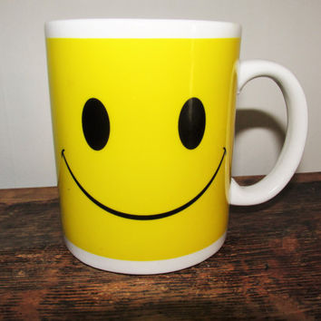 Vintage Smiley Face Coffee Mug
