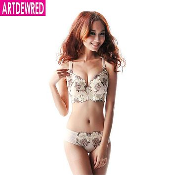 High quality deep V brand sexy big size push up bra set floral embroidery lace women underwear set bra and panties 34,36,38 CD