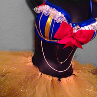 38D/ medium- snow white outfit