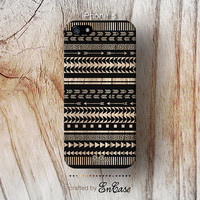 3D-sublimated, Mobile accesories, iPhone 4, iPhone 4S, iPhone 5, Black Aztec Geometric on Wood by Etsy.