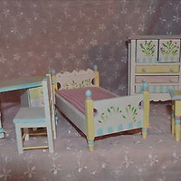 Doll House Bedroom 5 Piece Painted Wood Set MIB New