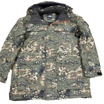 The North Face Men's McMurdo Camo Hunter Green Down Jacket