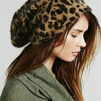 Free People Womens Grizzly Brushed Beanie