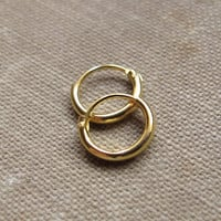 Small Gold Huggie Earrings 2x8mm. Earrings for Cartilage / Helix /  Tragus / Ear Lobe / Nose Ring / Gold Hoops Minimalist Earrings 8,10,12