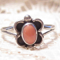 Vintage Sterling Silver with Coral Flower Shaped Ring Size 6.5