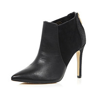 Black leather pointed heeled ankle boots - ankle boots - shoes / boots - women