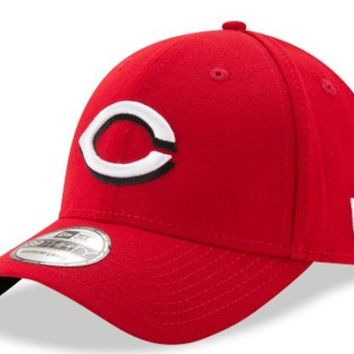 Mens MLB Cincinnati Reds Home Team Classic 39THIRTY Flex Fit Hat By New Era