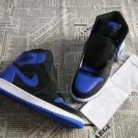 "Sneaker Men's Basketball AIR JORDAN 1 RETRO HIGH OG ""ROYAL"" Size 11 Release 2017"